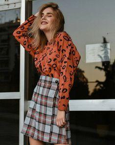 Fragile like a bomb 💣 Φούστα μίνι καρό γκρι και πουκάμισο άνιμαλ πριντ σομον - Compania Fantastica