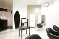 Beauty salon interior design ideas | + hair + space + decor + designs + Tokyo + Japan | Follow us on https://www.facebook.com/TracksGroup <<<【assembly セットエリア】 美容室 内装