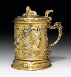 VERMEIL TANKARD, marked Danzig, with maker's mark PHL, 2nd half of 17th century.  CHF 6 000 / 12 000