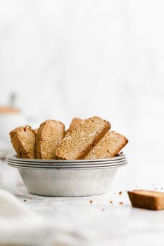 The BEST EVER classic biscotti recipe! They're crisp & crunchy with lots of sweet almond flavor. Just 6 ingredients & 57 calories! Healthy Apple Crumble, Healthy Oatmeal Recipes, Healthy Muffin Recipes, Healthy Pumpkin, Healthy Dessert Recipes, Healthy Baking, Keto Desserts, Pumpkin Biscotti, Biscotti Cookies