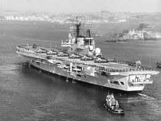 Hms Ark Royal, Navy Ships, Aircraft Carrier, Royal Navy, British Royals, Wwii, Boat, Pictures, Modern