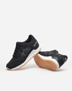 Naked - Supplying girls with sneakers - Asics Gel Lyte III Oxidized Pack Black | NAKED