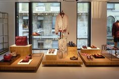 Kiton-showroom-cardboard-interior-retail-design
