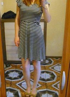 Kup mój przedmiot na #vintedpl http://www.vinted.pl/damska-odziez/krotkie-sukienki/13941787-granatowa-sukienka-w-biale-paski