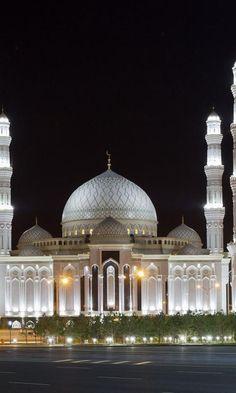 Hazrat Sultan Mosque, Astana, Kazakhstan  www.liberatingdivineconsciousness.com