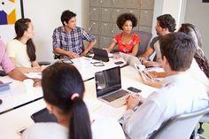 Wie stellt man das perfekte Social Media Team zusammen? Unser Social Media Team ABC zeigt es - von A bis Z...   http://karrierebibel.de/social-media-team/