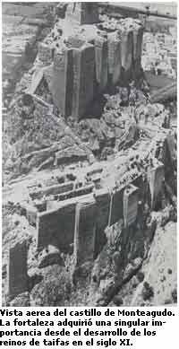 Vista aerea del castillo de Monteagudo.