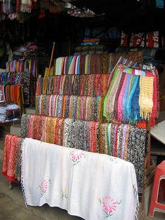 Pretty Sarong, Ubud Market, Ubud, Bali, Indonesia