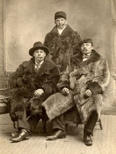 An old family photo from the early 1900s