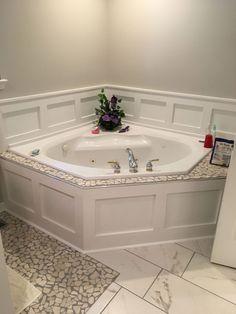 44 ideas for bathroom tub surround wainscoting Bathroom Renos, Bathroom Renovations, Bathroom Ideas, Bathroom Organization, Remodel Bathroom, Master Bathrooms, Bathroom Mirrors, Bathroom Designs, Restroom Ideas