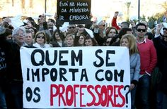 Professores do Grande ABC aderem à paralisação por piso nacional para a categoria    http://ocdoabc.com.br/2012/03/15/professores-do-grande-abc-aderem-a-paralisacao-por-piso-nacional-para-a-categoria/