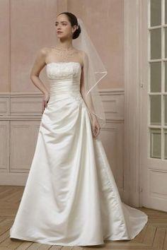 Robe de mariée traditionnelle - Point Mariage