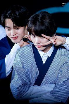 Jimin and Yoongi = Yoonmin ❤ Got7 Jackson, Jackson Wang, Bts Bangtan Boy, Bts Jimin, Yoongi Bts, Jimin Jungkook, K Pop, Nct 127, Bts Love