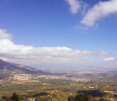 El Escorial views. Hiking to the top.  #travel #carameltrail #spain #hike #trek #mountainlife #sky #skyline #nature #clouds #winteriscoming #blue #nature