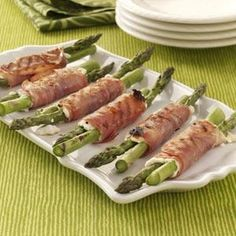 Grilled Prosciutto Asparagus @keyingredient #cheese