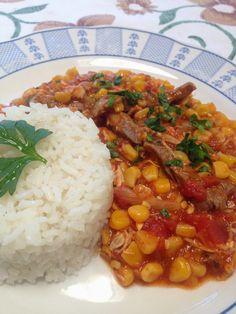 A d o r o  este plato, me encanta todo en él, pero si me lo sirven sin arroz....ni lo miro! jajajja Ingredientes 250 grs de posta ...