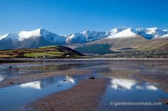 The Brandon massif reflected in Brandon Bay, Dingle Peninsula, County Kerry, Ireland. Stock Photo