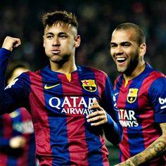 08/01 Neymar celebrates goal with Dani Alves