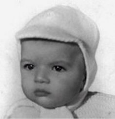 Antonio Banderas (not surprised he looked like this as an infant!)