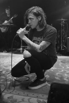 Kellin Quinn ~ Sleeping With Sirens Emo Bands, Music Bands, Rock Bands, Kellin Quinn Tumblr, Ronnie Radke, Black Veil Brides Andy, Screamo, Falling In Reverse, Sleeping With Sirens