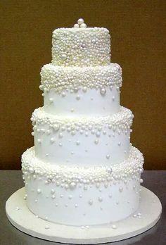 Pearled cake design