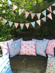 Vintage 100% WATERPROOF OUTDOOR PVC COATED GARDEN BENCH SEAT CUSHIONS & BUNTING