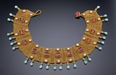 Beaded Byzantine Collar Inspired by the ancient Byzantine collars and gold work. Byzantine Jewelry, Renaissance Jewelry, Medieval Jewelry, Byzantine Art, Ancient Jewelry, Antique Jewelry, Jewelry Art, Beaded Jewelry, Jewelry Design