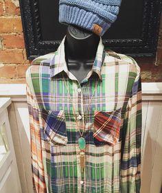 This plaid combination is a fave!  Plaid shirt- $32.95 Kendra Scott Rayne necklace- $80 C.C Beanie- $12.95  #madisonsbluebrick #madforplaid #kendrascott #shoplocal #fallfashion #weship #downtownhotsprings