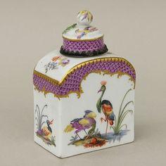 Meissen Porcelain Manufactory (Germany) — Tea canister/jar, c. 1700's..