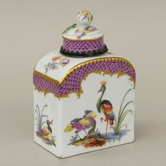 Meissen porcelain 1700s tea canister/jar.  Gorgeous!