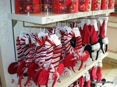 Holiday and Christmas Treats in Disney World | the disney food blog