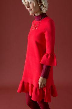 38332852fe1e Die 34 besten Bilder von PROUD IN RED   Autumn, Beautiful artwork ...