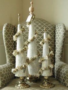 Top 40 Stunning Vintage Christmas Tree DecorationsHere's a collection of Vintage Christmas Tree Decorations for you if you love vintage, you are bound to love vintage Christmas trees as well. They are ecstatic, stunning, elegant, and traditional. Furthermore, they can a pristine vintage touch to your Christmas…