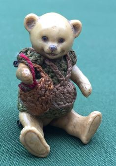 ANTIQUE MINIATURE ALL BISQUE HERTWIG TEDDY BEAR DOLL RARE LAUGHING MUMMY BEAR