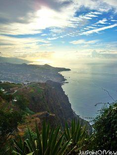 A little piece of heaven - MADEIRA :) - via Just point of view 01.05.2015 | Madera- wyspa niesamowita! Godna polecenia pod każdym względem, dla każdego... Góry, ocean, ogrody z niecodzienną roślinnością, klimatyczne uliczki, niezwykła kultura, kawał historii... #portugal