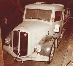 Busse, Transporter, Old Trucks, Antique Cars, Nice, Vehicles, Bern, Truck, Old Vintage Cars