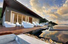 Vila moderna in Thailanda inconjurata de locuri de vis