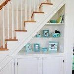 Já se perguntou como decorar sua área embaixo da escada? Aqui você vai encontrar todas as respostas para suas perguntas. Venha ver!