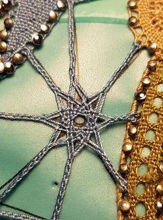 Bobbin Lace Patterns, Crochet Patterns, Lacemaking, Lace Heart, Lace Jewelry, Lace Design, Textile Art, Lace Detail, Tatting
