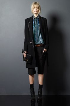 I absolutely love the line this creates :) Proenza Schouler pre-fall 2011