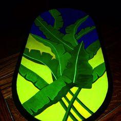 #batea #artesanía #tapareando #madera #hechoenvenezuela #madera #hojasdeplatano #hechoamano Gourds, Surfboard, Country, Instagram, Caracas, Hand Made, Pintura, Wood, Pumpkins