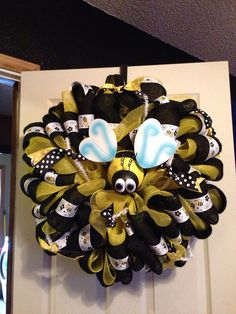 Bumble Bee Wreath by SmokeybugDesigns on Etsy, $35.00