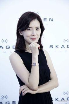 李宝英 Bo-young Lee 图片 Ji Song, Song Hye Kyo, Joo Won, Kim Ji Won, Lee Jung Suk, Lee Jong, Jang Seo Hee, Korean Actresses, Actors & Actresses