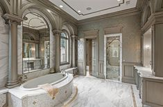 Your luxury real estate destination. Browse & search all the latest million dollar home listings & mansions for sale Chic Bathrooms, Master Bathrooms, Master Baths, Dream Bathrooms, Luxury Bathrooms, Master Bedroom, Victorian Bathroom, French Bathroom, Rich Home
