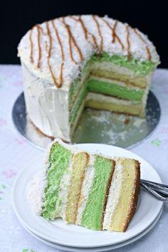 Pandan Sponge Cake with Gula Melaka | BAKE KING