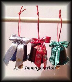 Campanelle riciclo K Cup Crafts, Ideas Decoracion Navidad, Christmas Classroom Door, Crochet Tree, Ideias Diy, Diy Christmas Ornaments, Craft Sale, Xmas Decorations, Advent