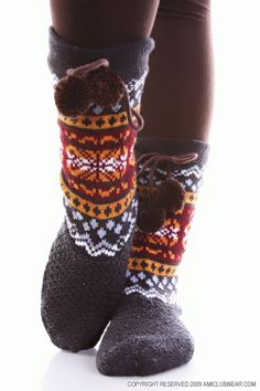 Comfy cozy slipper socks Winter Slippers, Cute Slippers, Cozy Socks, Autumn Cozy, Slipper Socks, Warm And Cozy, Scarves, Comfy, My Style