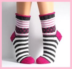 - The world's most private search engine Knitting Socks, Hand Knitting, Knitting Patterns, Knitted Heart, Knitted Bags, Lots Of Socks, Cozy Socks, Ankle Socks, Baby Booties