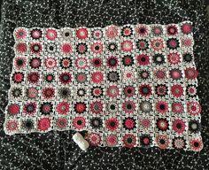 Just over halfway!  #crochet #circle #circles #crochetcircle #crochetcircles #wip #crochetwip #throw #crochetthrow #pink #grey #black #flowersinthesnow #instacrochet #crochetersofig #crochetersofinstagram #dropsloveyou5 #dropsparis #dropscotton #ricocotton #ricodesign #ricocreativecotton #iceyarn #iceyarns #babycotton #cotton #cottonyarn #cottonaran #aranyarn #rowan by gemandtilly