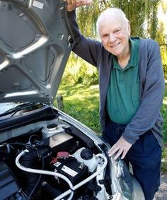 Beating the petrol prices hydrogen system beating costs By… Diy Generator, Homemade Generator, Hho Gas, Petrol Generator, Hydrogen Car, Hydrogen Generator, Alternative Fuel, Best Gas Mileage, Alternative Energy